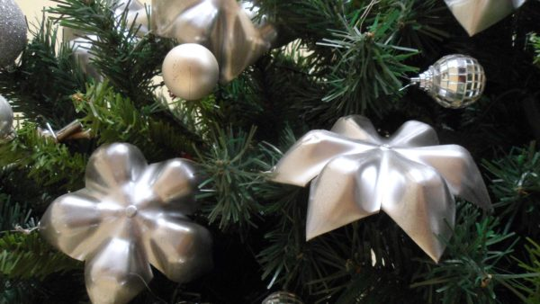 Enfeites para árvore de Natal garrafa PET