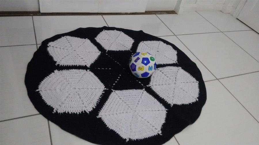 Tapete em formato de bola de futebol