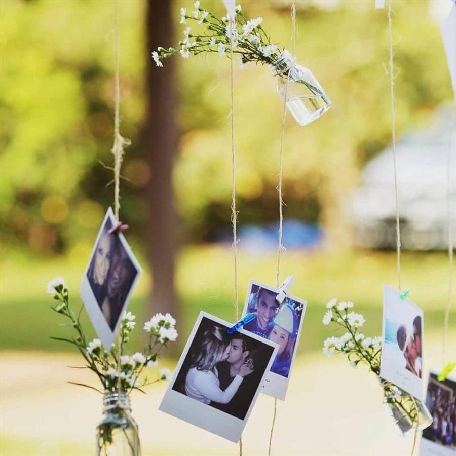 vasinhos de flores e fotos