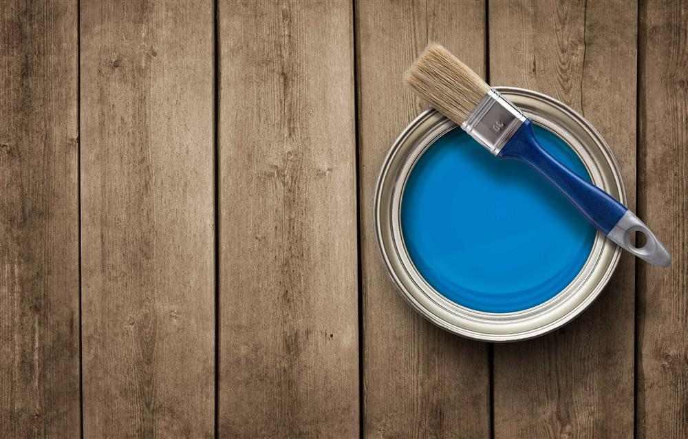 tinta para pintar madeira spray