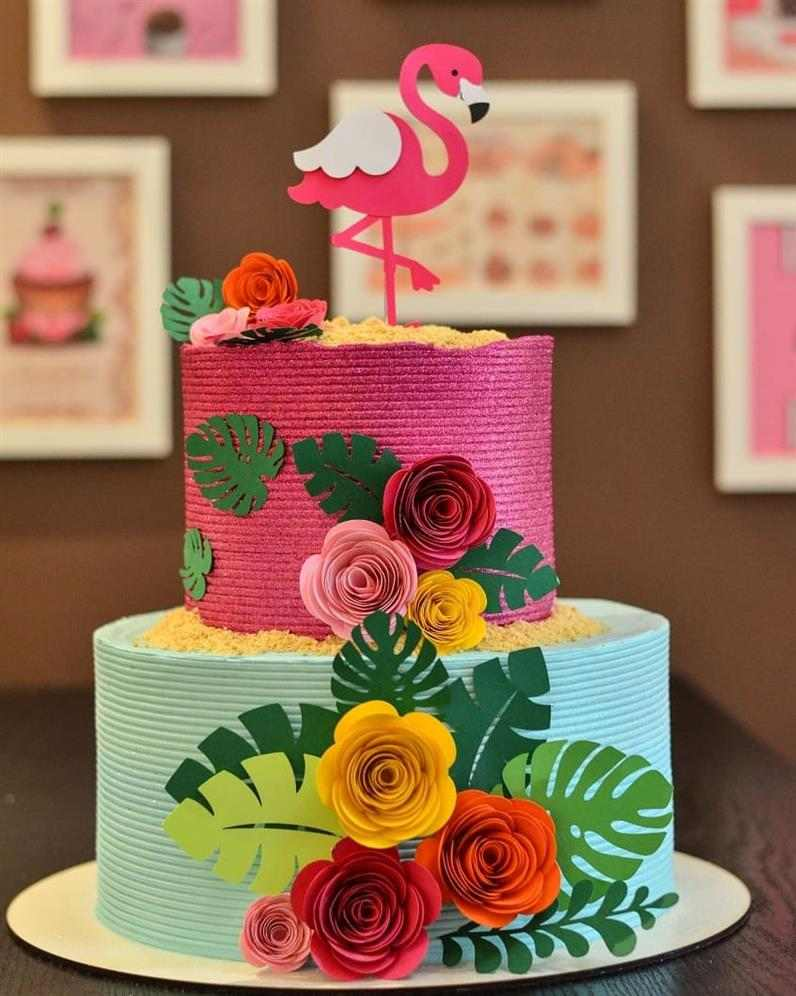 bolo decorado feminino flamingo