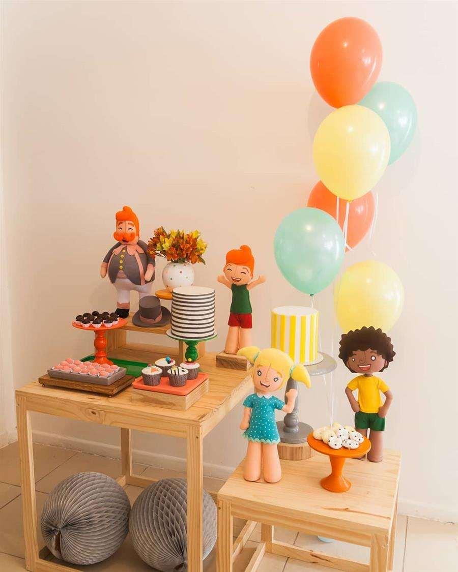 Brinquedos infantis na decoração
