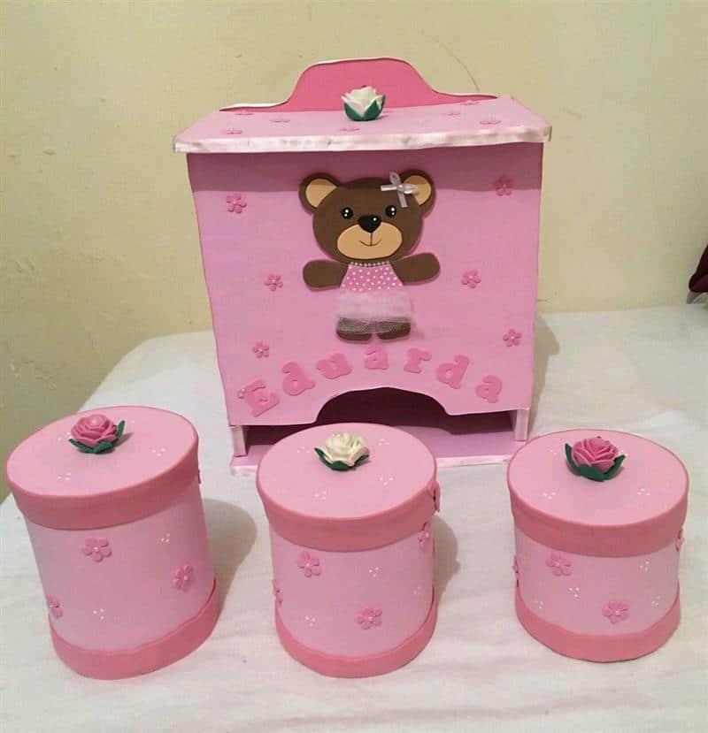 Kit de higiene com Porta fraldas em EVA