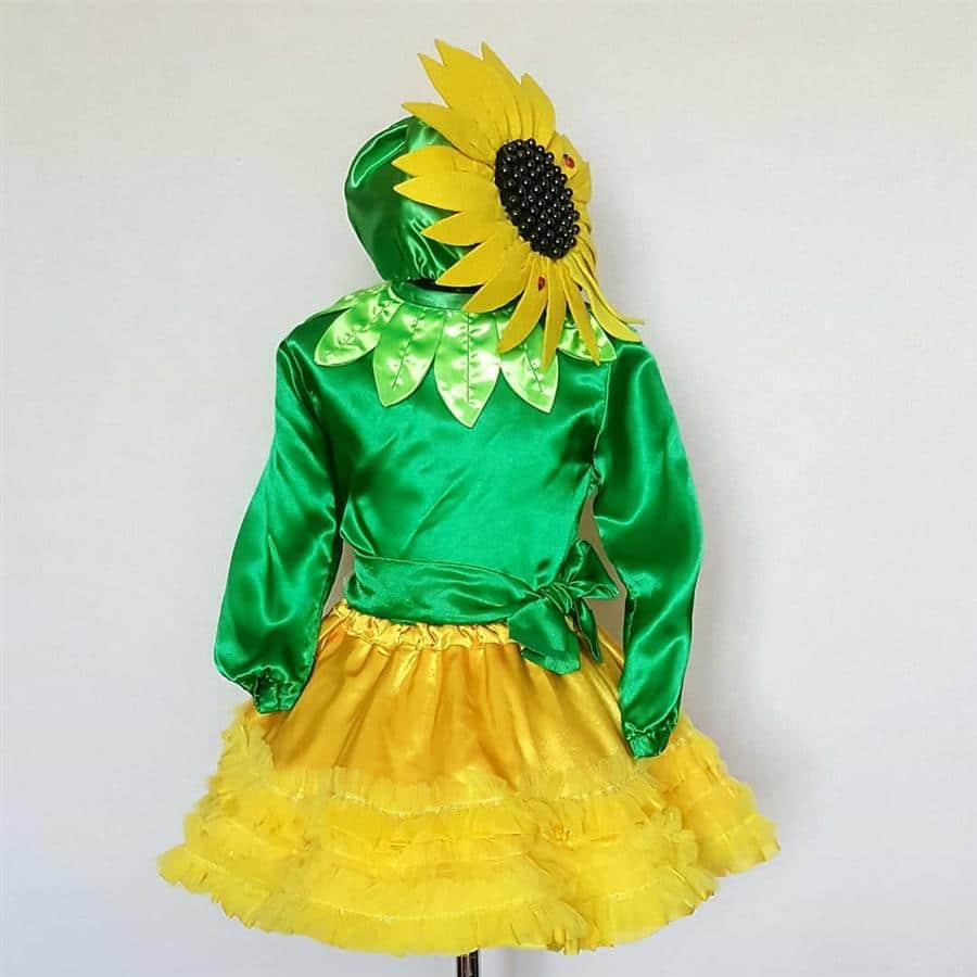 Fantasia verde e amarela em cetim