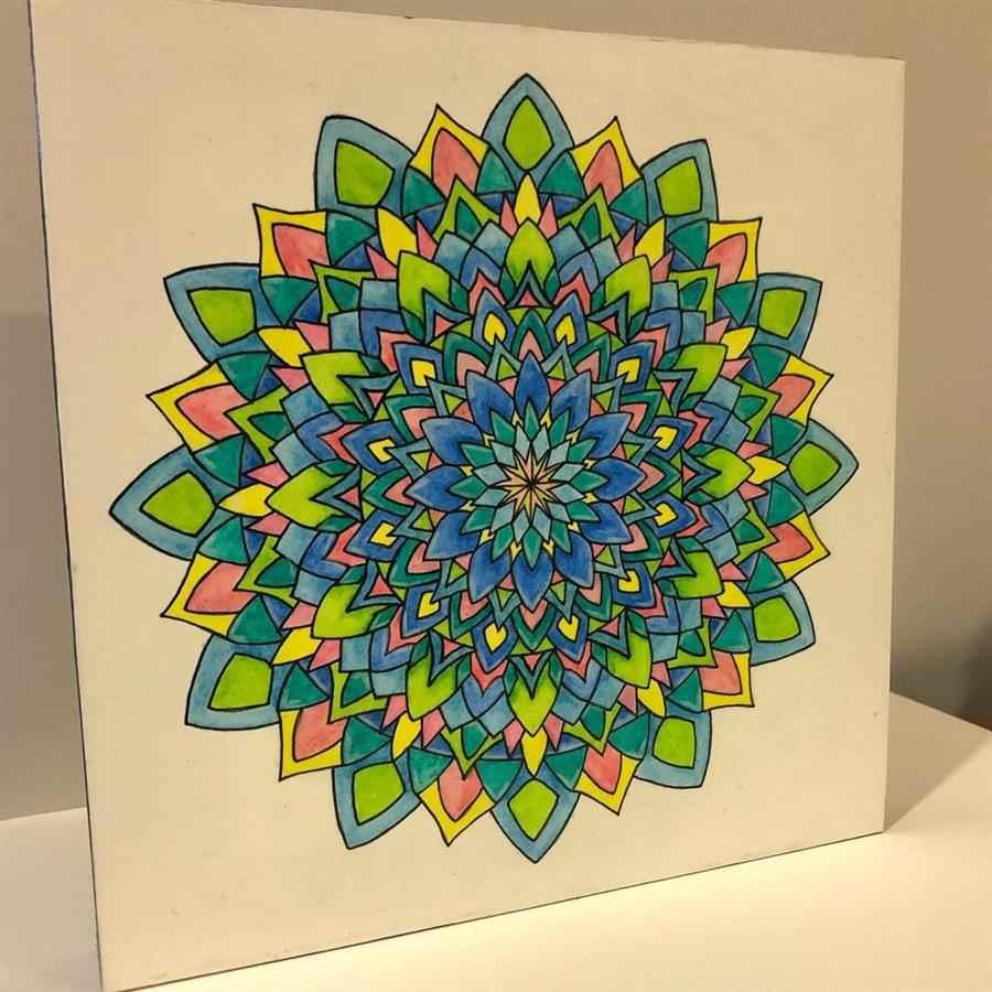 colorida com lápis de cor
