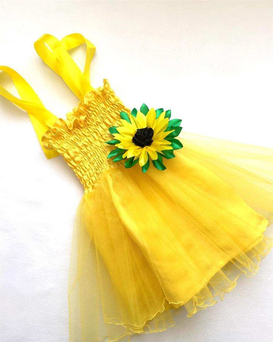 Vestido amarelo customizado