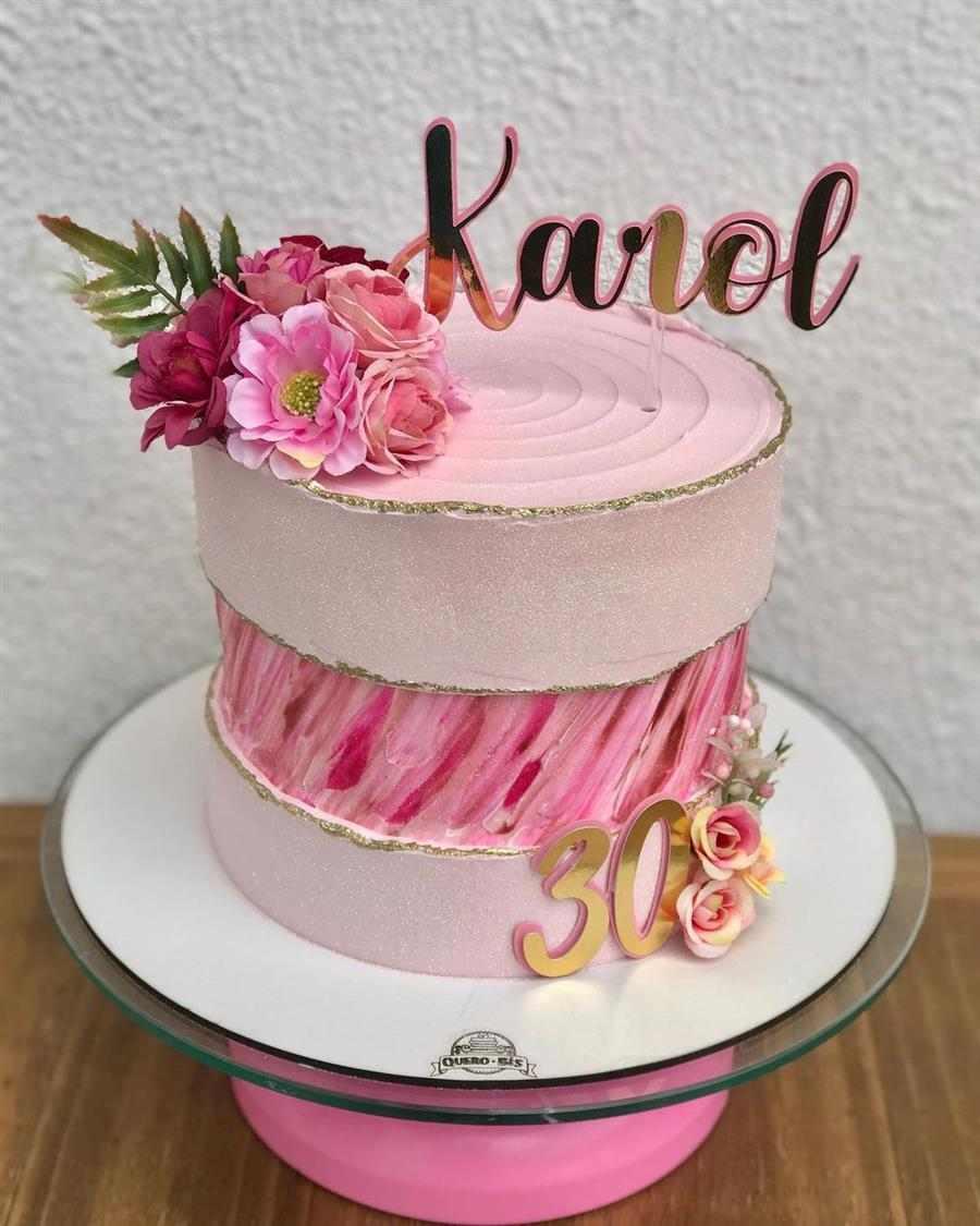 bolo decorado feminino aquarelado