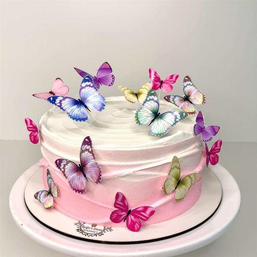 Decoração de bolo feminino borboletas
