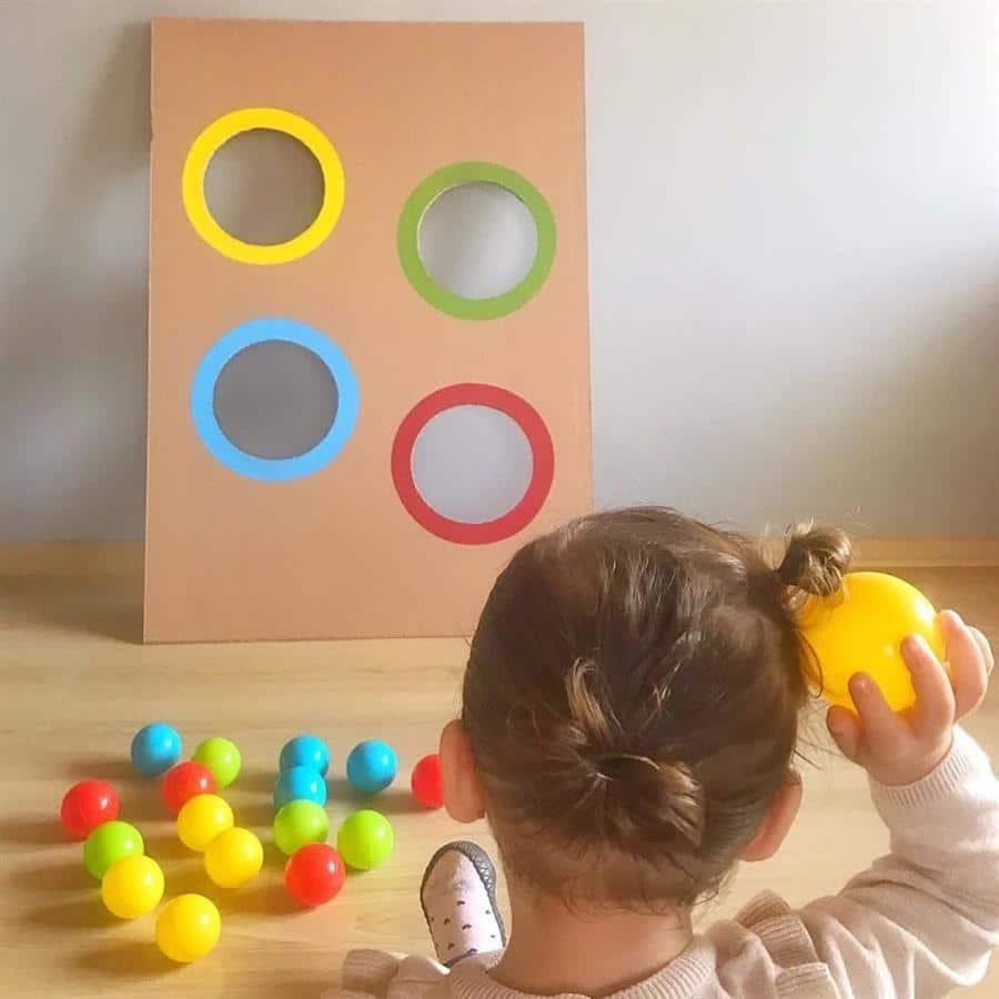 Brinquedo reciclado simples