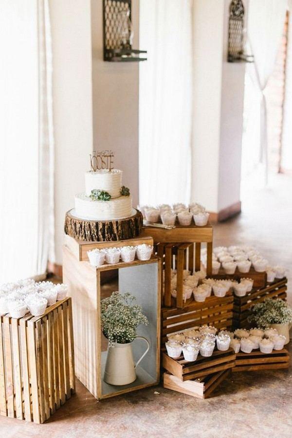 Decoração de festa com caixotes de madeira