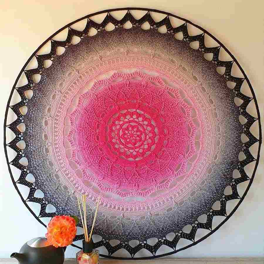 Mandala de crochê gigante