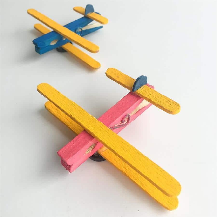 Avião de pregador de roupa