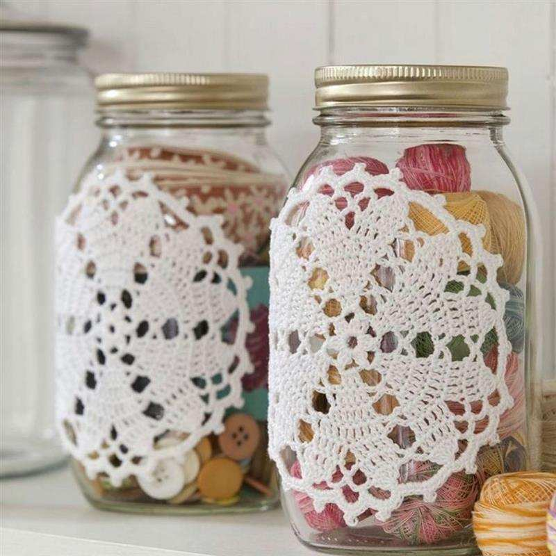 Potes de vidro reciclados e decorados