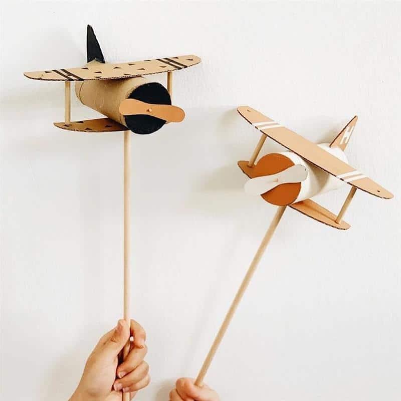 brinquedos com papelão e rolinho