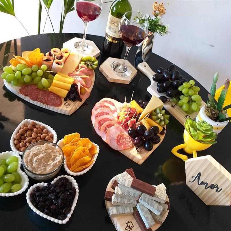 mesa de frios simples e saborosa