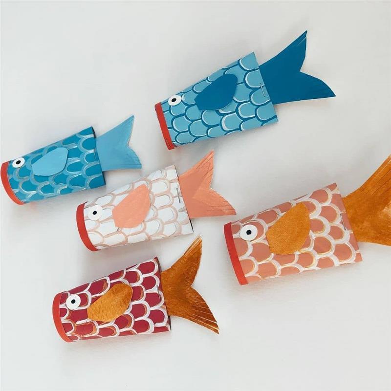 peixinho colorido de material reciclado