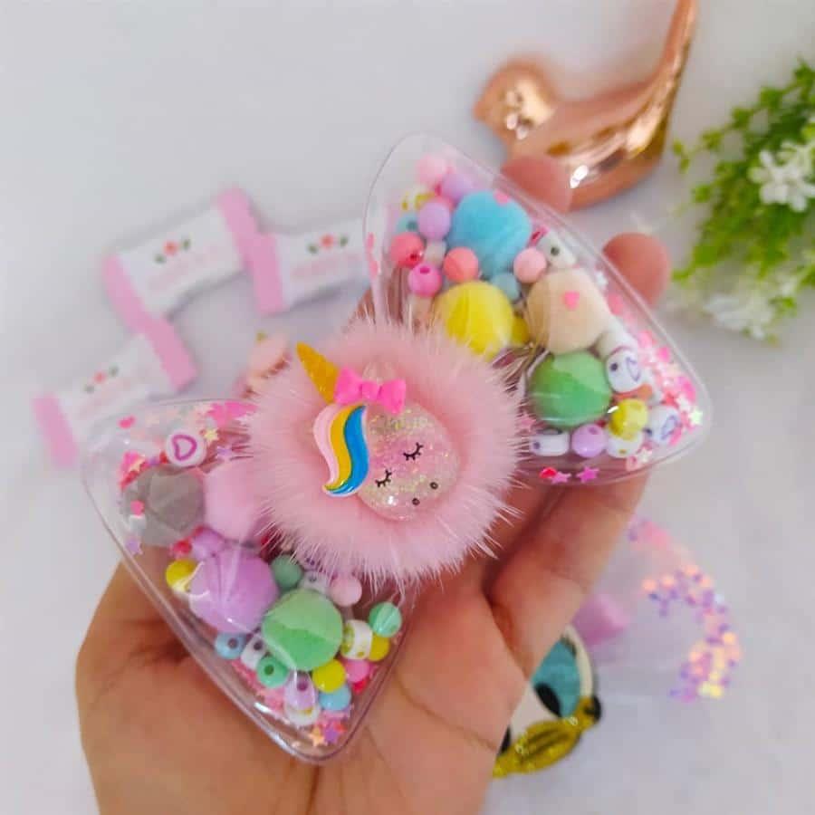 unicornio com pompom