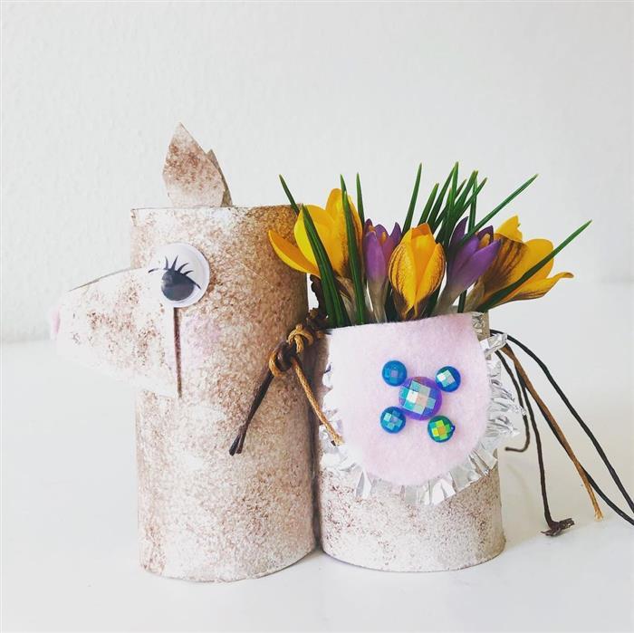 porta flores de lhama