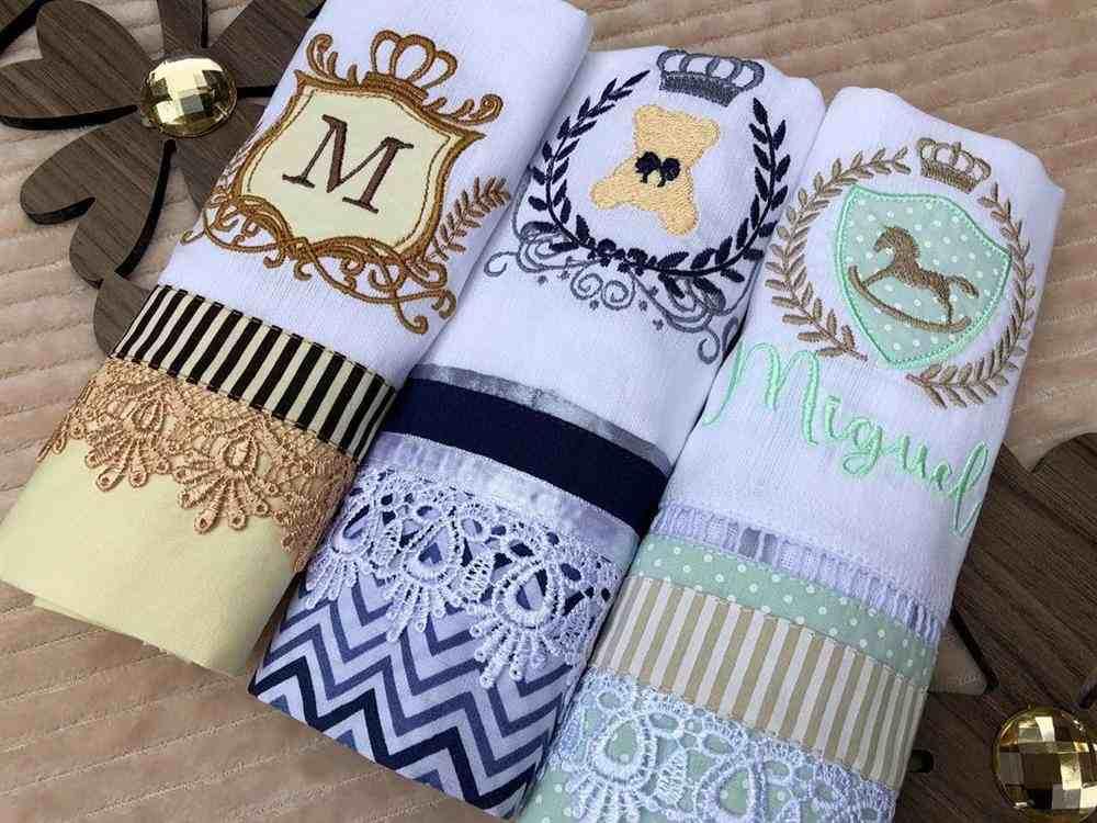 Fraldas personalizadas de luxo