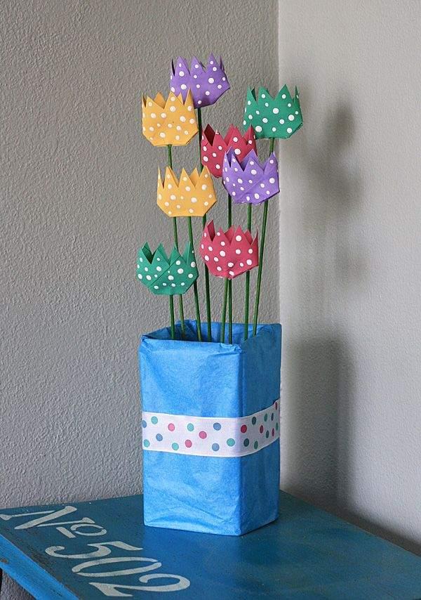 flores de rolo de papel pintadas