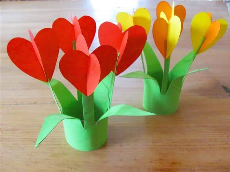 florzinha fofa com rolinho de papel