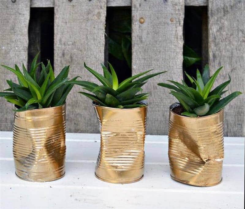 Vasos decorativos de material reciclado