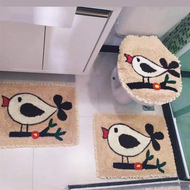 Jogo de tapete de banheiro de passarinhos