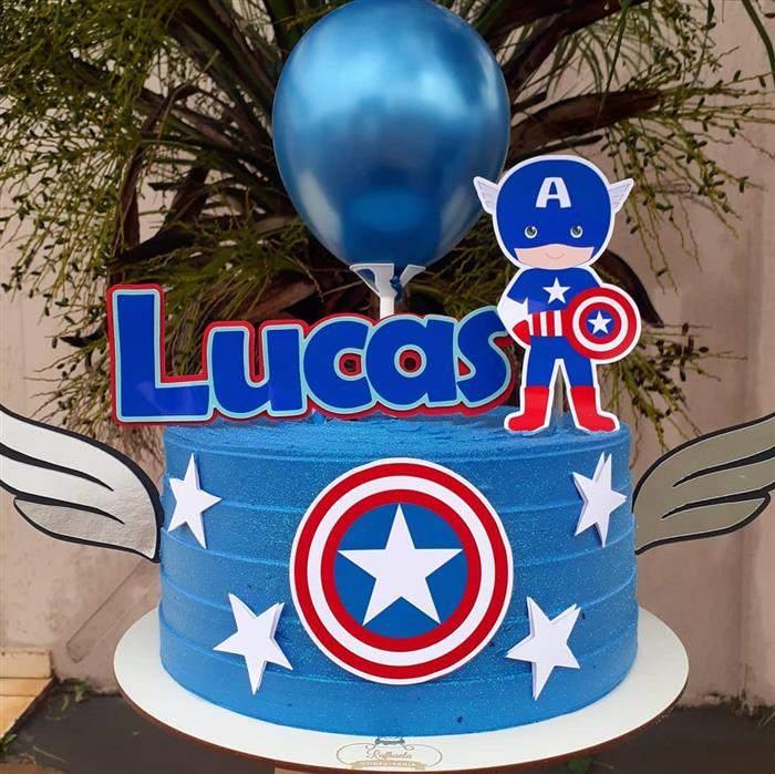 bolo com balão capitão america