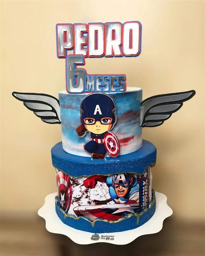 bolo com figuras capitão america