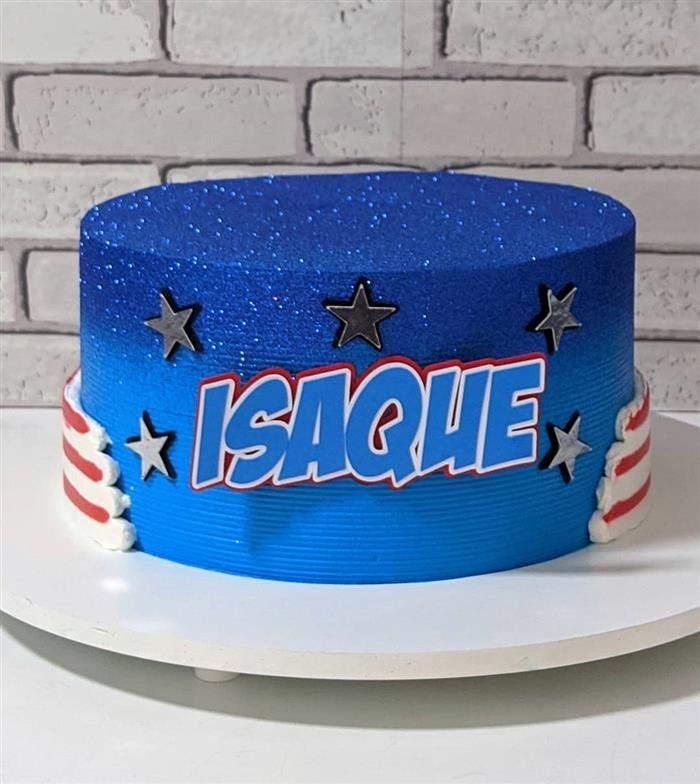 bolo com glitter capitão
