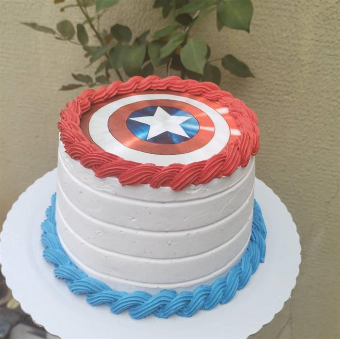 bolo do capitão américa com papel de arroz