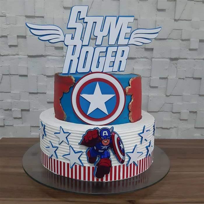 bolo do capitão américa de dois andares