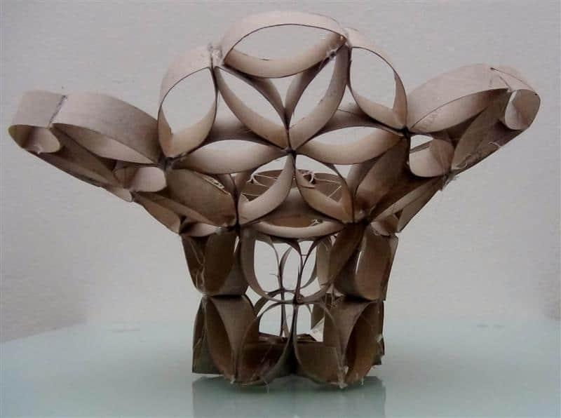 vaso decorativo feito com material reciclado