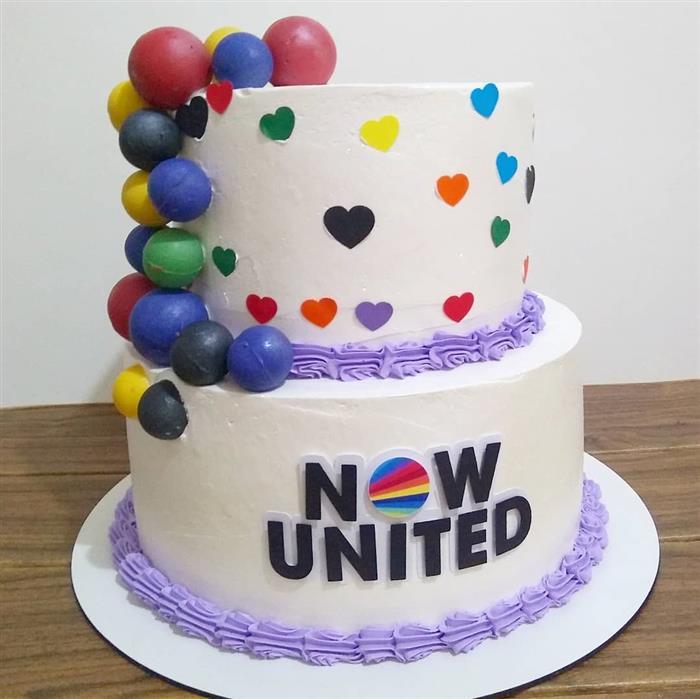 festa de now united simples