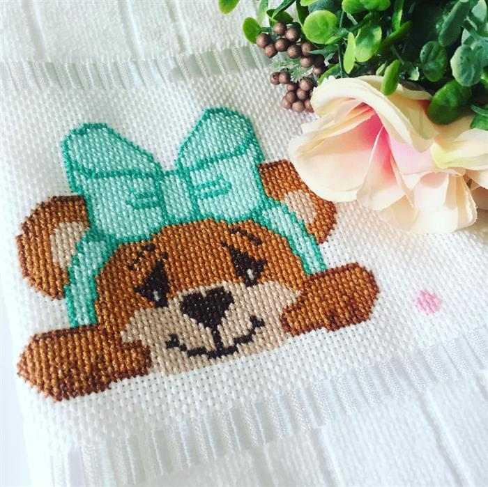 Ursinhos em ponto cruz