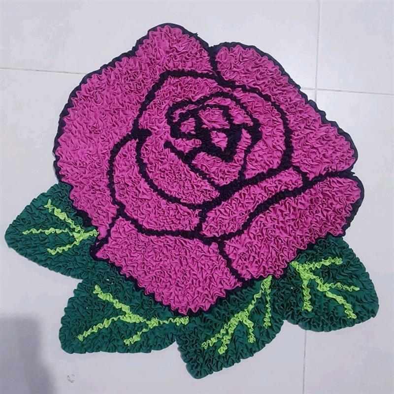 em formato de rosa