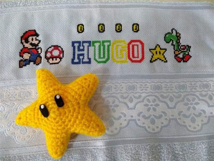 Nome Hugo com letras coloridas
