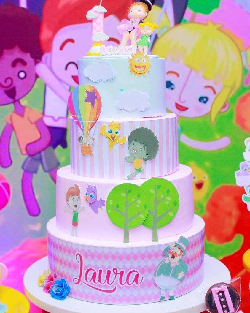 bolo mundo bita com faixa lateral