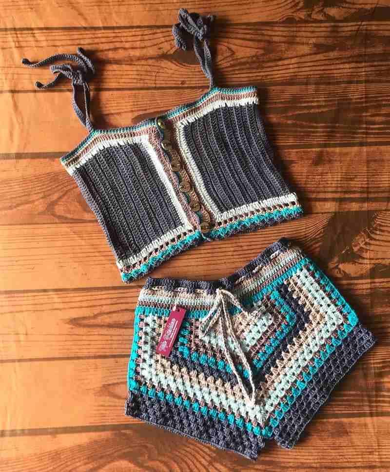 conjunto de crochê short e cropped