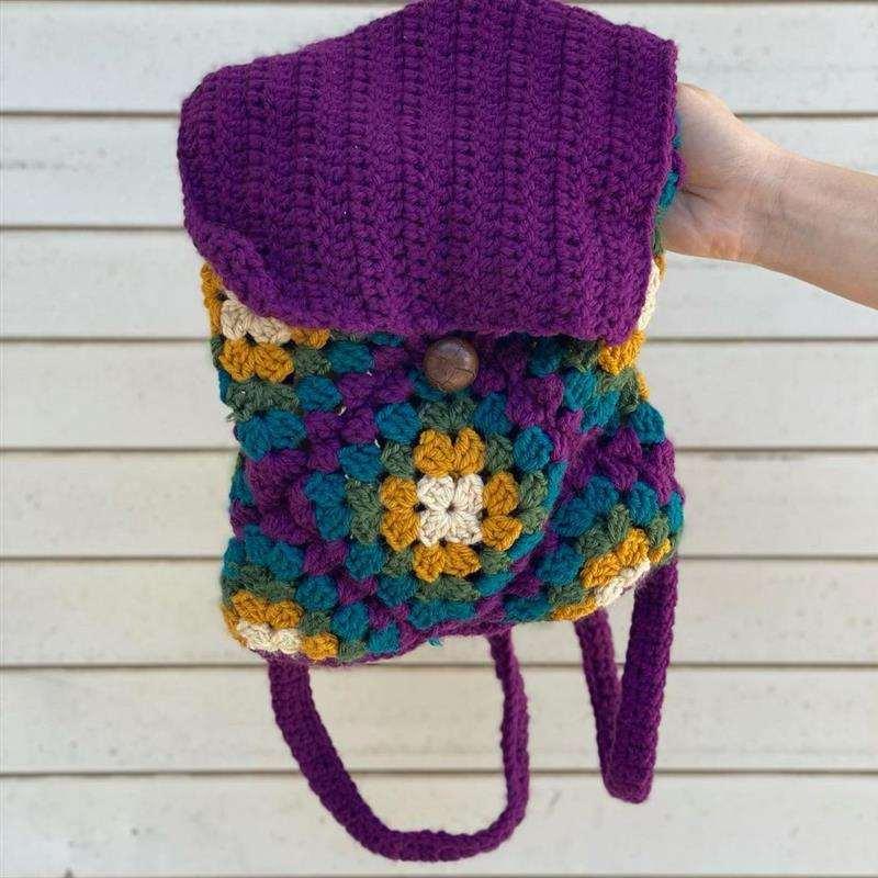 mochila de crochê hippie