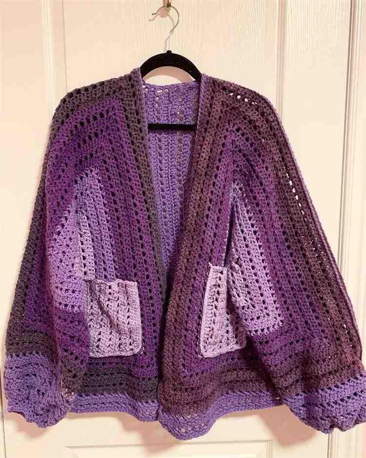 cardigan violeta
