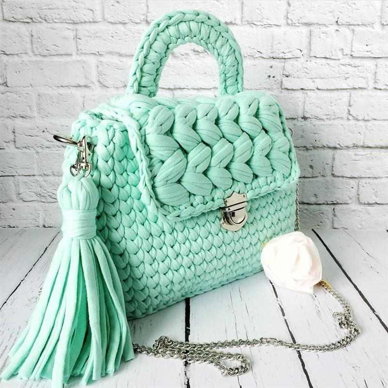 bolsa croche com fio de malha verde