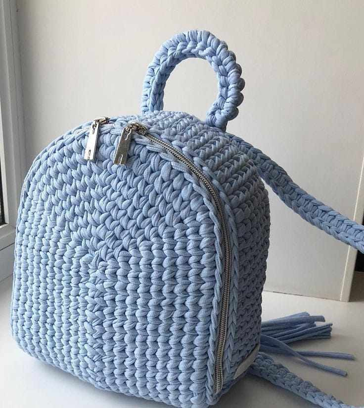 mochila com ziper
