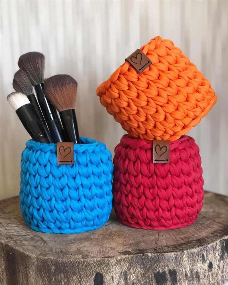 cestos organizadores coloridos