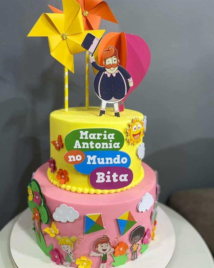 decoração de bolo mundo bita