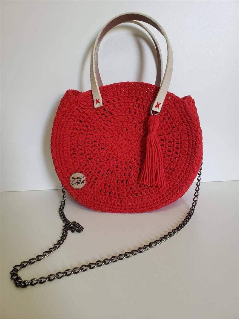 Bolsa de crochê com barbante vermelha
