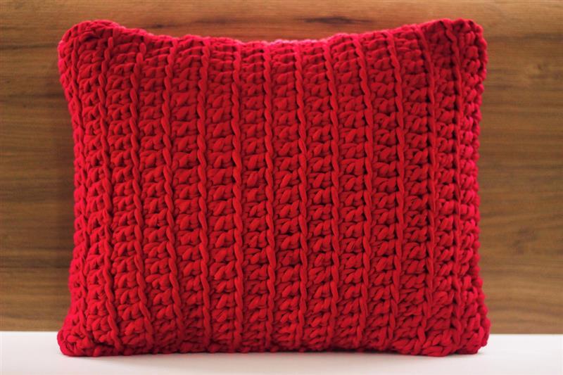 capa de almofada retangular vermelha