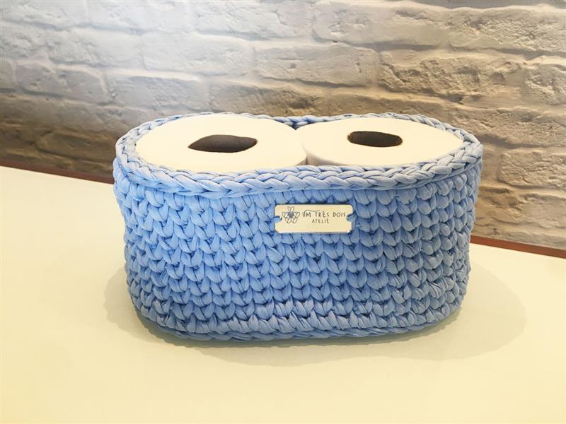 Porta papel higiênico de crochê em fio de malha