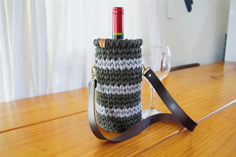 Porta vinho de croche