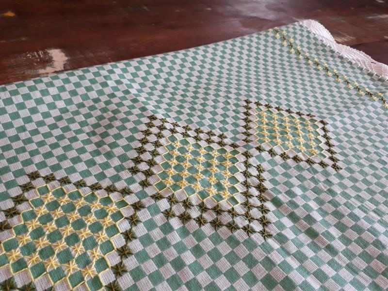 receita de bordado em tecido xadrez